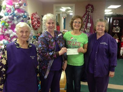 Volunteers give to Nacogdoches Treatment Center
